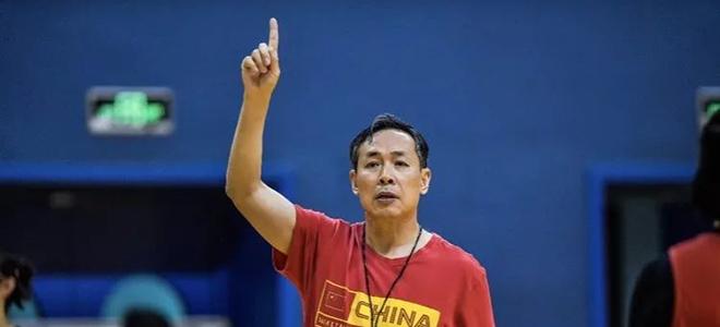 许利民:男篮结果不会给女篮造成压力,会从中借鉴经验