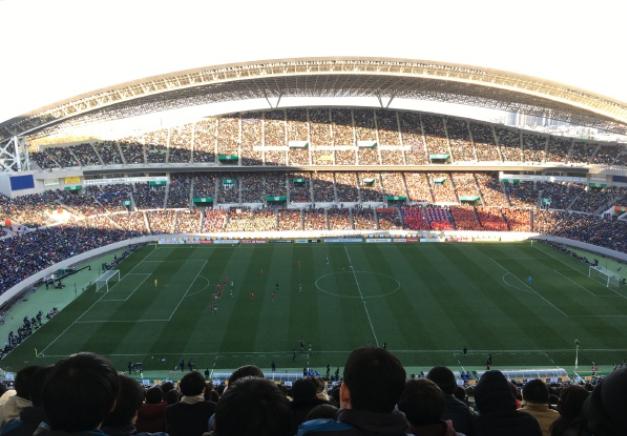 日本高中足球锦标赛决赛,静冈学园3-2绝杀青森山田夺冠