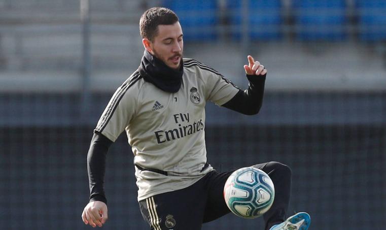 皇马备战周末联赛,拉莫斯与阿扎尔恢复有球训练