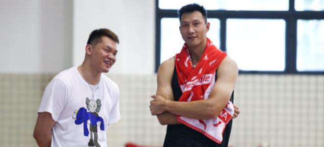 朱芳雨回复JR:易建联若恢复顺利本赛季就能回归