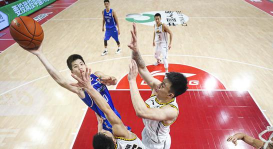 林庭谦、张昊和吴昌泽三名新秀有场均数据位列联盟前10