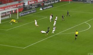 GIF:拜仁反击行云流水,科曼劲射破门扳平比分