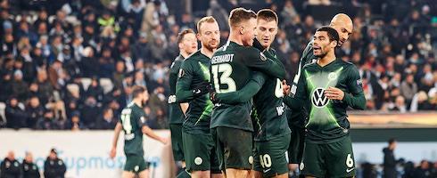罗体:狼堡已经恢复训练,成五大联赛首支恢复训练的球队