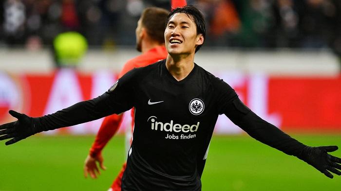 踢球者:法兰克福希望和日本球星镰田大地续约