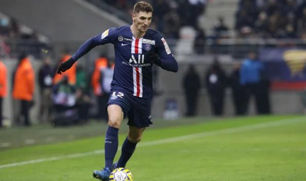 法媒:默尼耶不会为巴黎踢欧冠,因巴黎不愿支付租借费