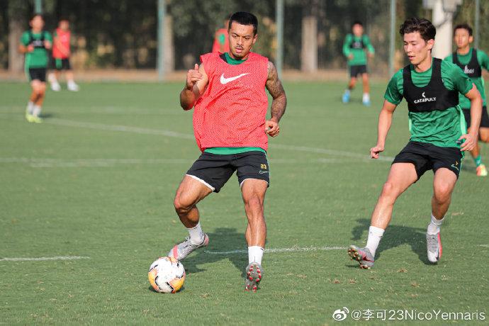 期待新赛季,李可晒训练照:积极训练,备战不止!