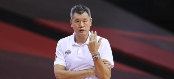 刘铁总结赛季:全华班令球员得到锻炼,成长度有目共睹