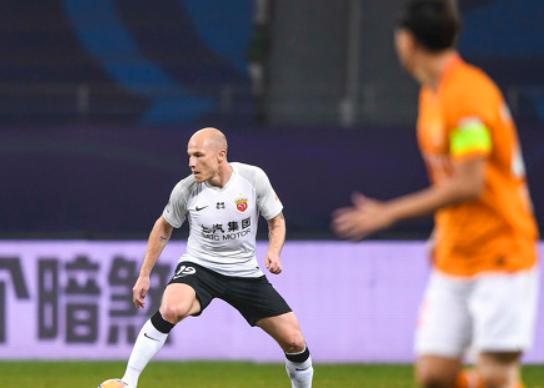 GIF:奥斯卡助攻穆伊打入处子球,卓尔0-2上港