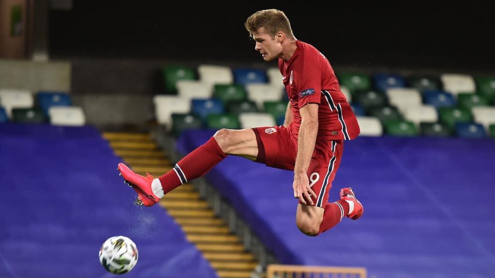 图片报:索尔洛特拒绝热刺和穆里尼奥,因为没有欧冠踢