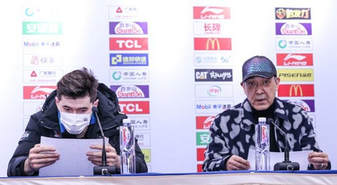 阿的江:年轻球员要学会如何控制自己的节奏,这比赛很难得
