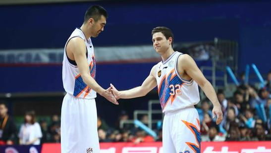 上海时隔3个赛季收获6连胜,上一次弗雷戴特刚登陆CBA