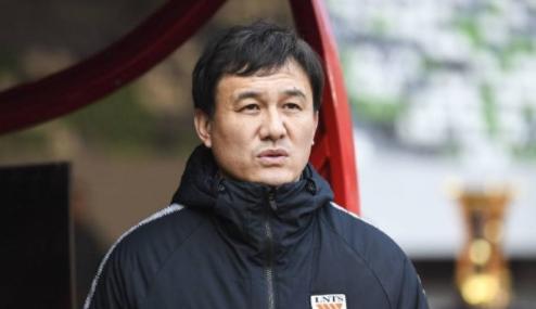 记者:泰山将于3.13与嵩山龙门进行热身赛,再前往上海热身