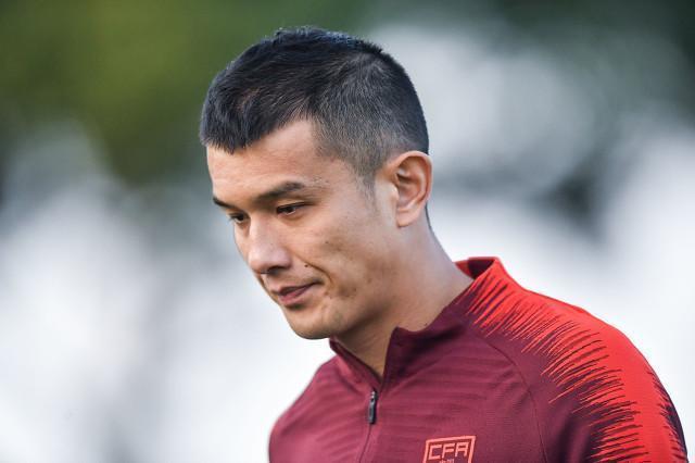足球报:肖智未与山东泰山签约,可能前往中甲继续职业生涯